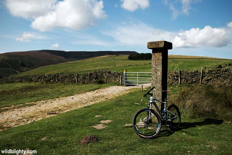 Mountain Biking in the Peak District, Hope Cross, Derbyshire.